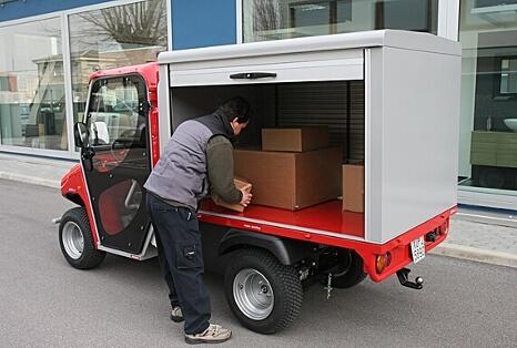 Cassone chiuso con tapparelle laterali per veicoli protezione civile